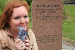 Maria Pakura and wee Bobby in Greyfriar's where they first met the word Wee ©Pakura